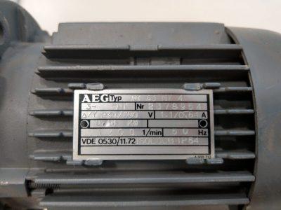 AEG Drehstrommotor AM 63 NY 4